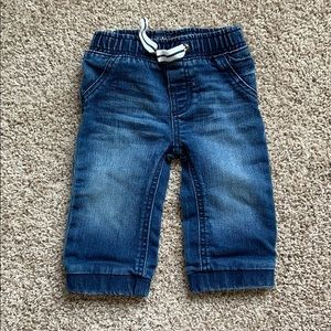 Barely worn kids osh kosh size 9 month jeans
